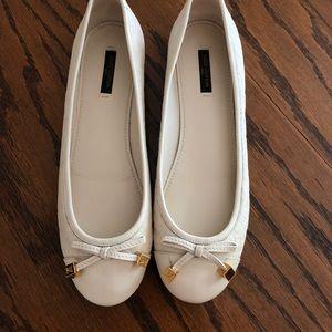 Louis Vuitton white leather flats